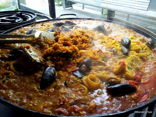 Seafood Paella is their signature.
