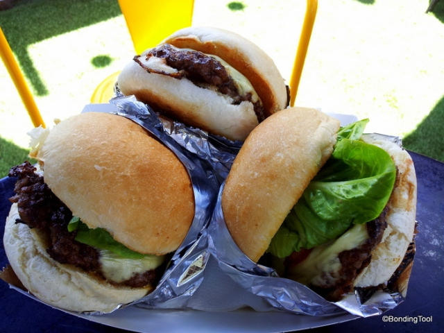 Grass fed beef burgers and beer at rooftop right in the middle of bustling Melbourne city!