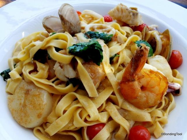Seafood Linguine 1