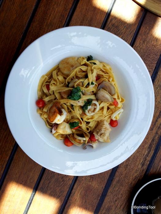 Seafood Linguine 2