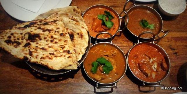 Naan, Butter Chicken, Chicken Tikka Masala, Chicken Classic Curry and Daal Makhani Red Pepper©BondingTool