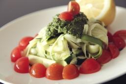 raw-pesto-zucchini-pasta-vcluxe-4