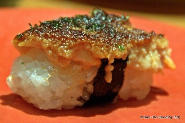 Salmon Mentai Sushi.