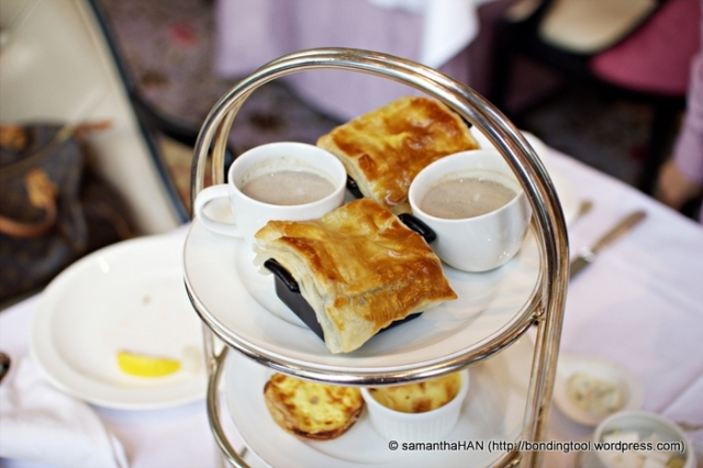 The top tier offered Mushroom Soup in cups and Beef Cubes with Puff Pastry.