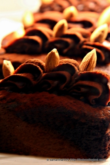 Rich and intense chocolate cakes.