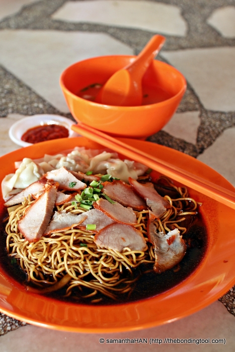 Wanton Mee - one of the original dishes Mr. Wong sells to date before the introduction of 半菜鸭面 Duck Noodles which became very popular with the locals and neighbouring states in Malaysia.