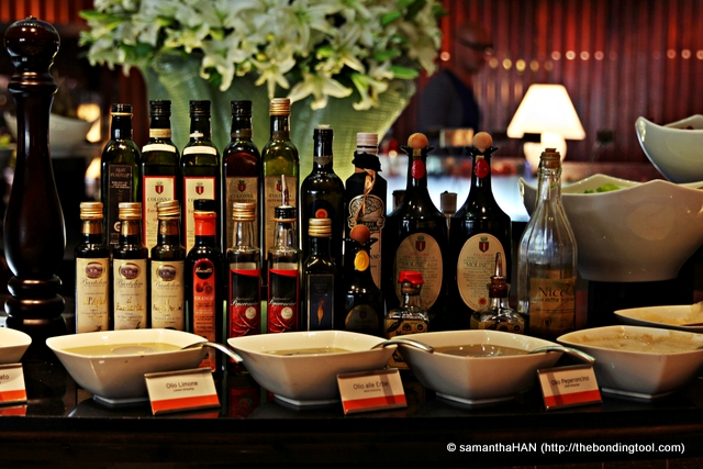 Imported Olive Oils from Italy. Take your pick. My theme today is Truffle!