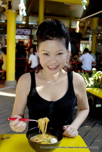 """I found this stall's Mee Rebus too be too sweet for my liking. We had wanted to try the one from a """"famous"""" stall but the food was sold out when we got into the queue."""
