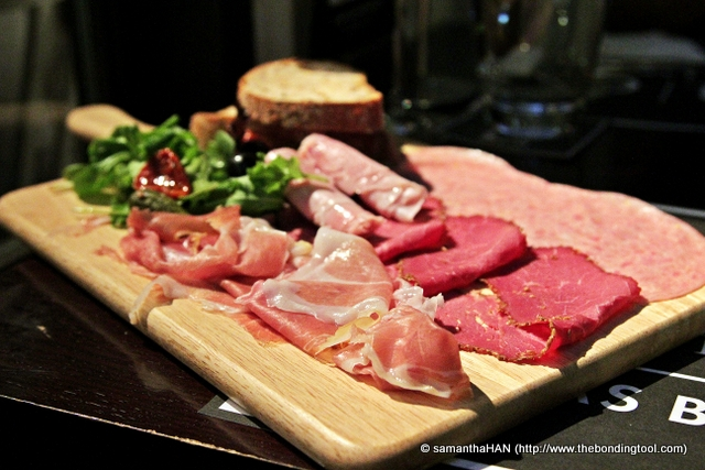 There were 5 types of cold meats, salad and 2 pieces of crusty bread.