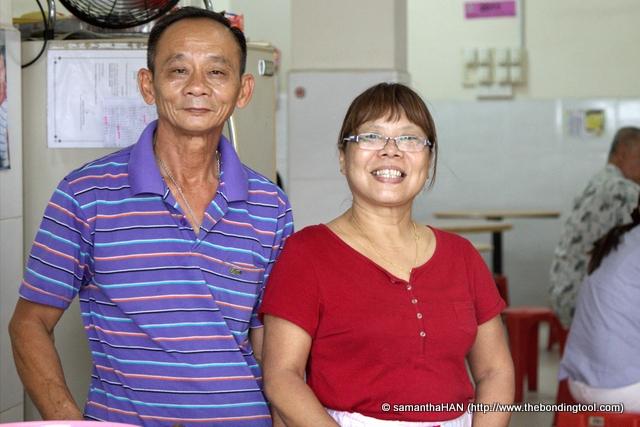 Mr. and Mrs. Tan of Tan Kee Cathay Laksa 陈记国泰辣沙