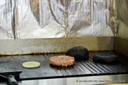 Drizzle a little oil on the ribbed griddle