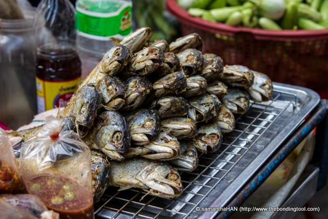 The vegetable stall above also sold these fish. This cuisine is not something tourist will take to easily. I was more intrigued by what the neighbouring stalls offered.