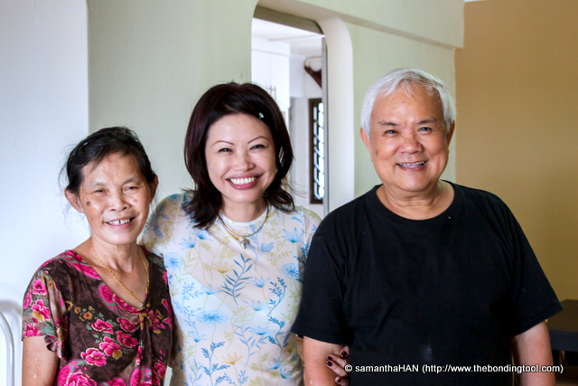 """These folks were the heart and soul behind my meal.<br />All day long, Mr. Teng's kind face seemed etched in smile. He was genuinely happy to have company.<br />Mrs. Teng was ever so spontaneous and willing to share her recipes, right down to the nitty gritties.<br />No such thing as trade secret for her; it was dedication and detailed work (no short cuts except for the sturdy Moulinex chopper) that went into the preparation of every """"simple"""" meal.<br />Thank you, Mr. and Mrs. Teng!<br />I am blessed indeed, to have made the friendship of this warm and friendly couple."""