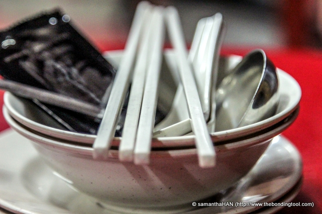 When you see table settings with mini soup and perforated ladles, you'll know it's steamboat time!