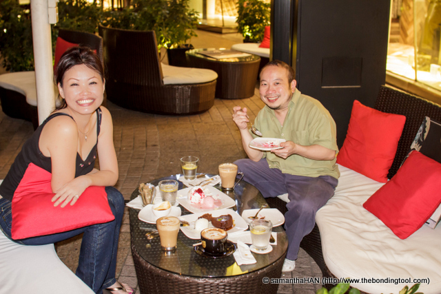 Yap said dessert's on him and we gave a big grin! I had the cushion to hide my bulging tummy.
