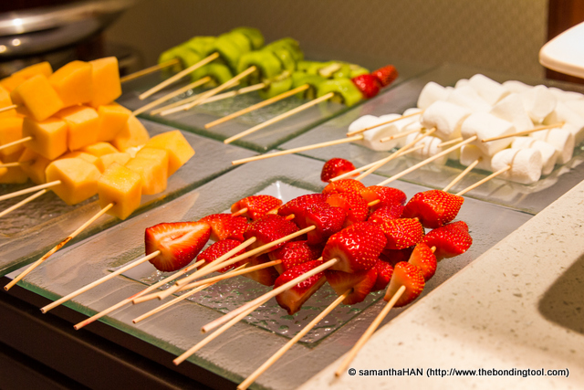 Fresh Fruits and Marshmallow Skewers.