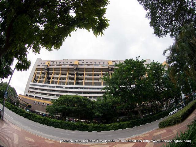 Golden Mile Complex @ Beach Road, Singapore.