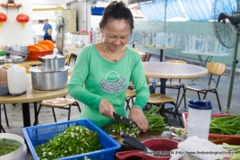 Mrs. Liaw the able partner of Mr. Liaw Hin Hock does as much as she could to ensure the smooth operation of the restaurant. She is a strong believer in serving customers with healthy meals.