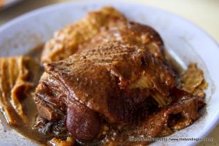 Chicken Thigh stewed in dark soy sauce.