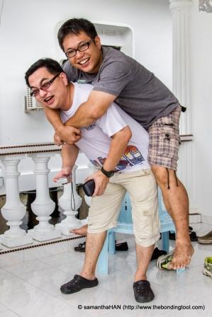 Benny Ng and Sen Washiyama clowning around.