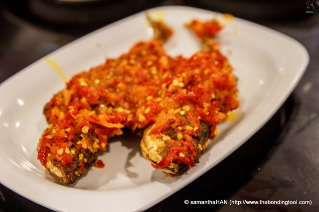 Ikan Kambong Belado Crispy fried Mackerels with Sambal.