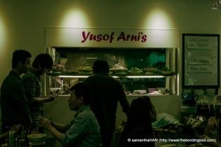 Lunch crowd at Yusof Arni's