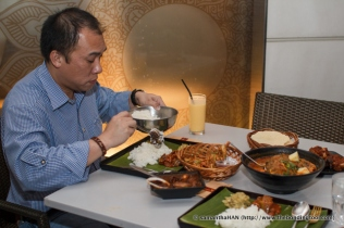 Muthu's Curry @ Dempsey-8943