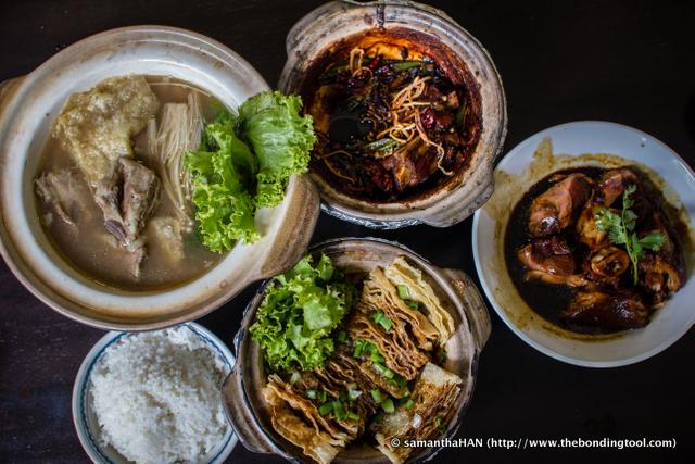 My BKT lunch menu from top left: Bak Kut Teh, Dry Bak Kut Teh, Braised Pork Knuckles, Fried Tau Kee and Rice.