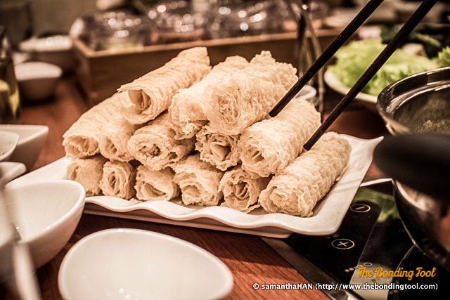 This Tau Kee Rolls (Soy bean rolls) are also not available in Singapore, or at least I have not come across. They take a second to go limp so be very careful not to overcook.
