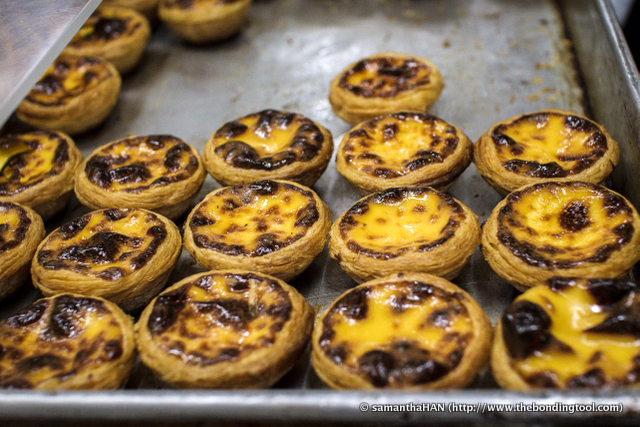 "Lord Stow's Bakery is famous for one item - Andrew's Egg Tart. The tarts aren't burnt. The ""blacken"" or rather caramelised surface is Lord Stow's Portuguese Egg Tart's signature look!"