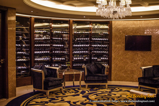 The waiting area of the 24 hour restaurant boasts of fine wines.<br />I didn't have time to check if they carried a good selection of Pétrus here.