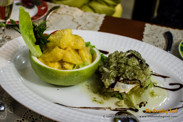 Marinated Cold Crab with Mango Pomelo Salad. Seasonal Price. The crab meat marinade tasted very much like the one on the fish. I liked the Pomelo chunks with Mango juice (and I am not a fan of mango).