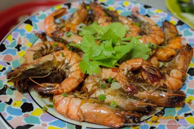 Dry-fried Big Prawns Cantonese Style.