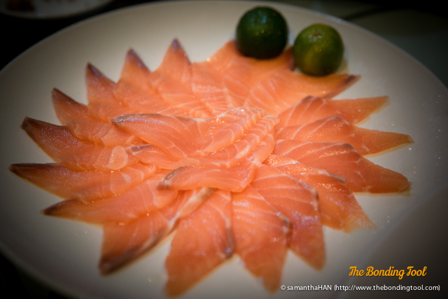 Salmon fish for the Lo Hei 撈起.