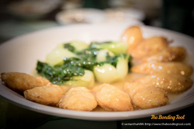 Pipa Tofu in chicken sauce.