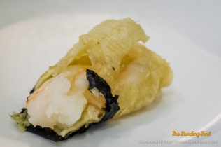 Deep-fried Beanskin with Prawn Filling.