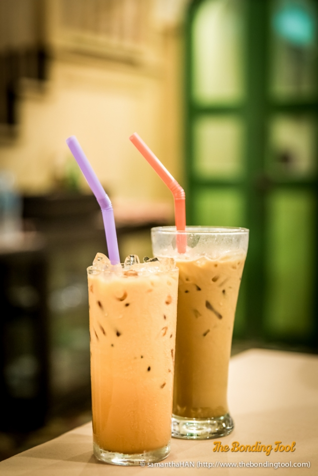 """Iced Tea and Iced Coffee. Iced Tea also known as Cha Yen is a very popular drink in Thailand. The tea is usually """"redder"""" in colour compared to Ceylon or English Tea. Both the tea and coffee are also stronger in brew strength, sugar sweetness and a good dose of milk."""