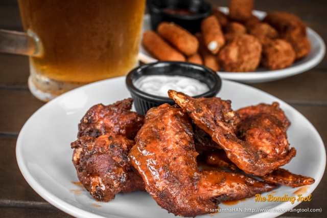 Spicy Buffalo Wings. Only on Wednesdays, these wings go for S$1 each and minimum order is 6 pieces.