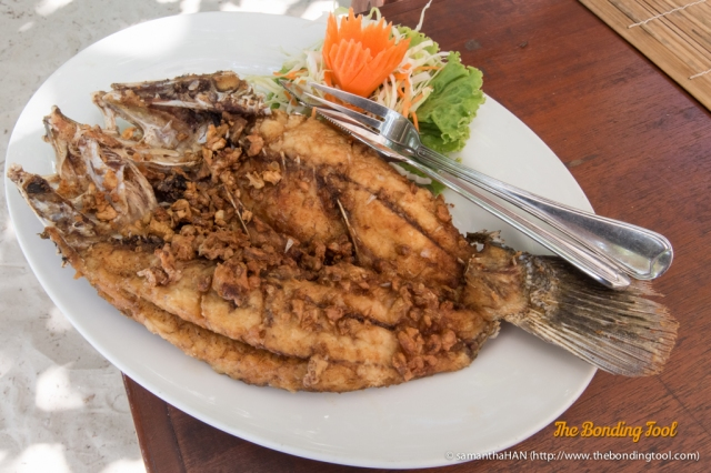 Deep-fried Fish with Garlic sans the Pepper.