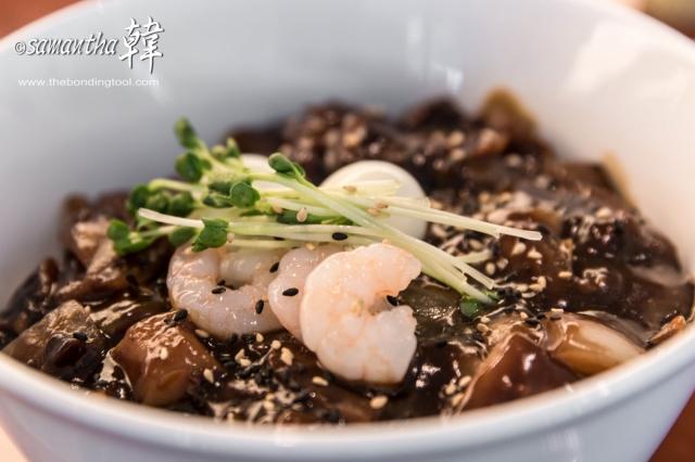 Seafood Jjajangmyeon 짜장면