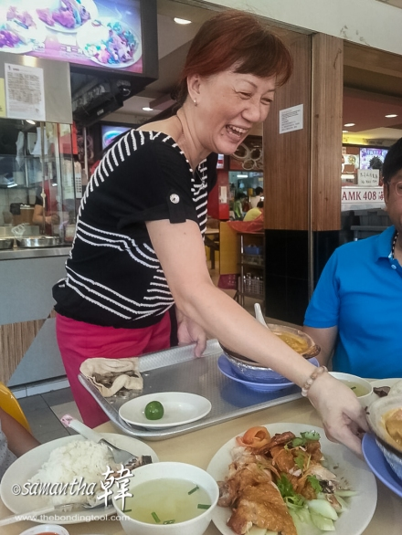 The best part of eating in a familiar heartland environment is the genuine happy faces that serves you :D