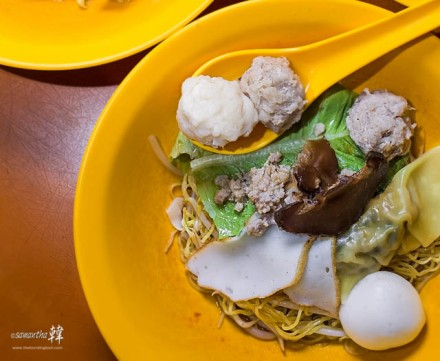 Teochew Hand Made Sotong Balls Pork Balls Mixed Soup 麥士威83号
