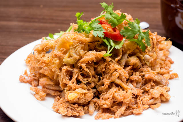 Thai Crispy Crabmeat Omelette Recipe.