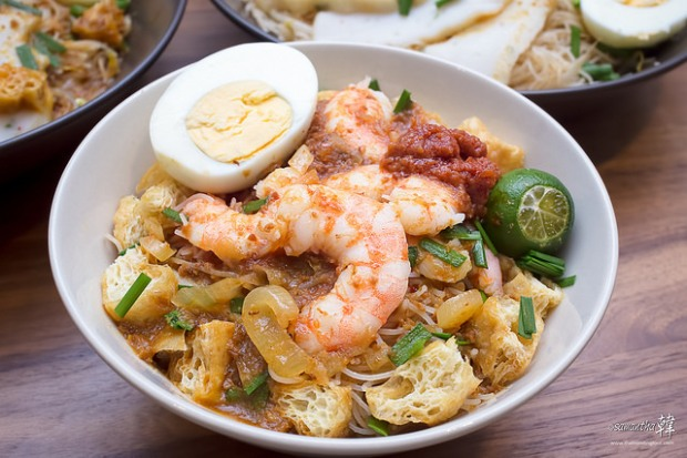 Singapore-styled Mee Siam